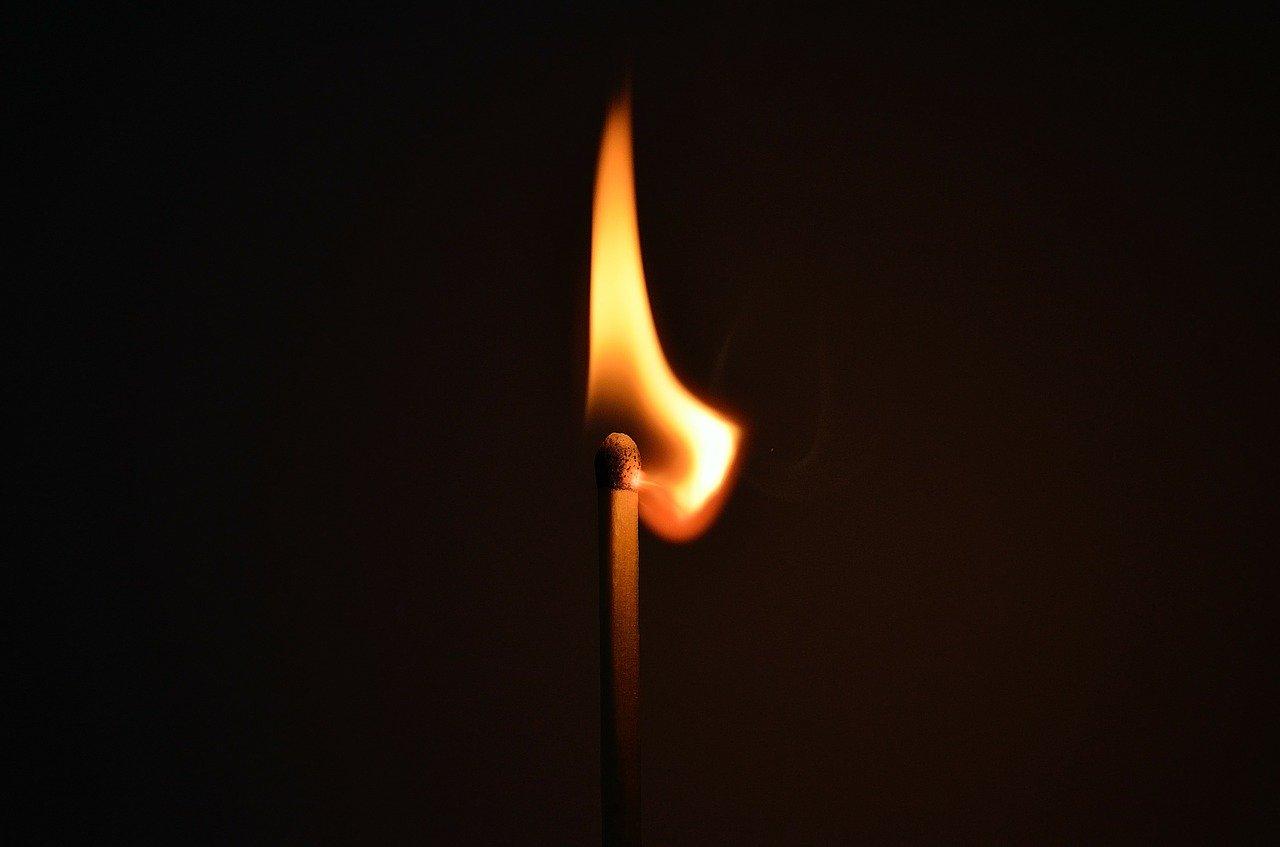 matchstick-20237_1280.jpg