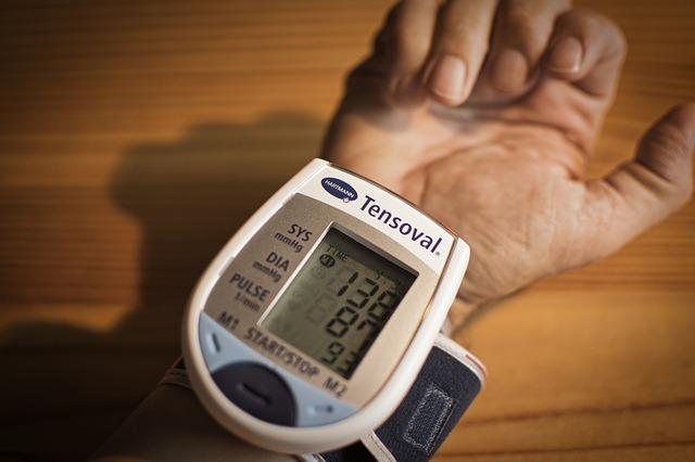 blood-pressure-3773347_640.jpg