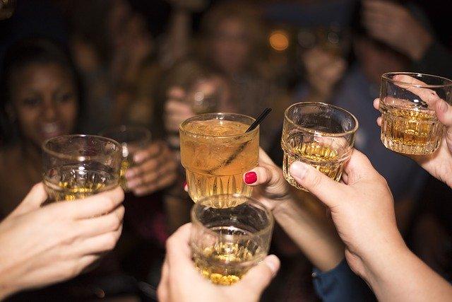 alcohol-492871_640.jpg