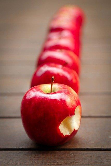 apples-634572_640.jpg