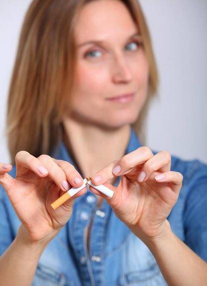 여성담배-1.JPG