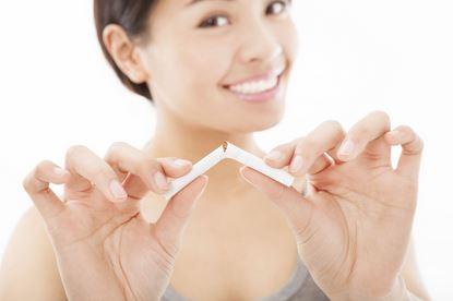 여성담배.JPG