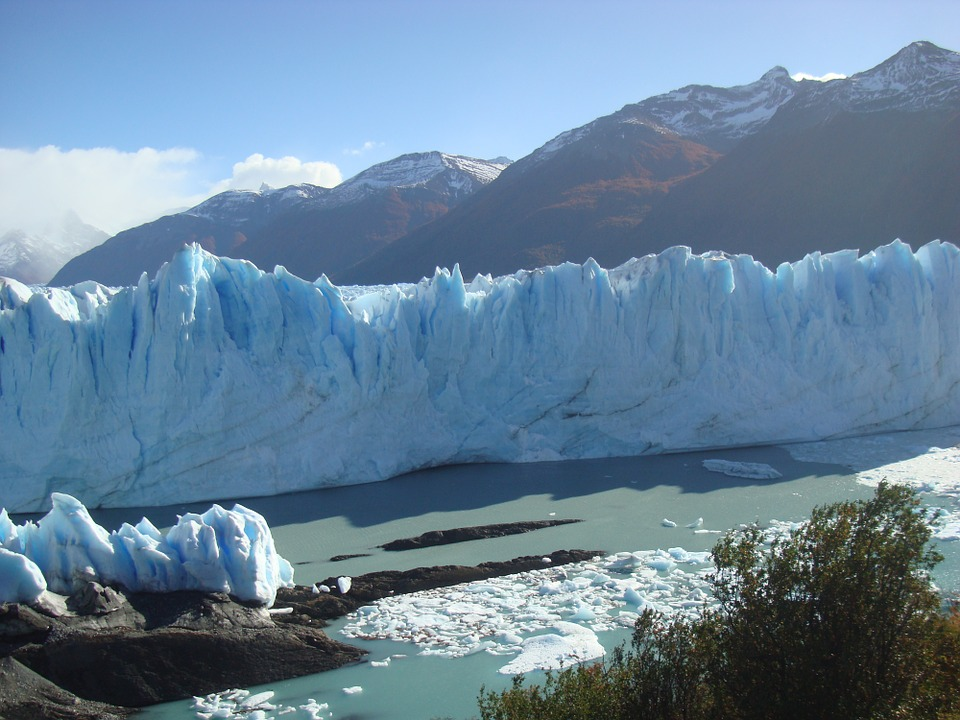 glacier-1009111_960_720.jpg