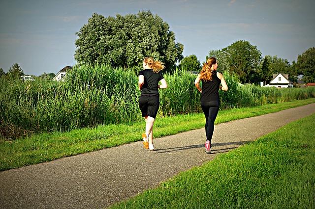 jogging-1509003_640.jpg