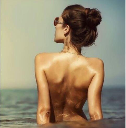 아름다운 여성의 뒷태